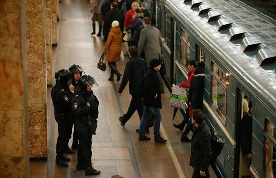 Attentat de Saint-Pétersbourg: trois suspects inculpés pour «terrorisme».