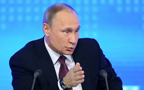 Poutine dénonce les sanctions adoptées par le Sénat américain