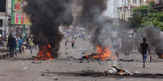 RDC: coups de feu et violences dans plusieurs quartiers de Kinshasa.
