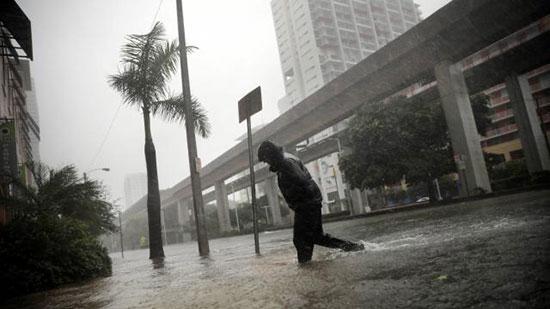 L'ouragan Irma fait 12 morts en Floride, près de 40 morts dans les Caraïbes