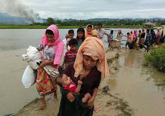 Rohingyas en Birmanie: l'ONU dénonce un «exemple classique de nettoyage ethnique».