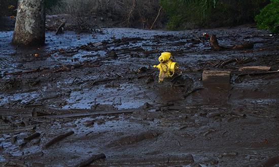 Des coulées de boue en Californie font au moins 17 morts.