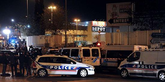 Marseille: un mort et un blessé grave dans une fusillade à la kalachnikov