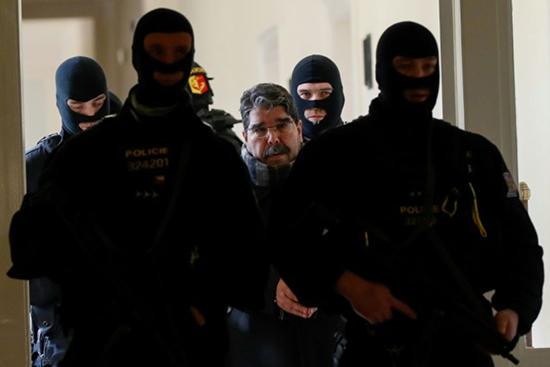 République tchèque: le responsable kurde de Syrie Saleh Muslim remis en liberté