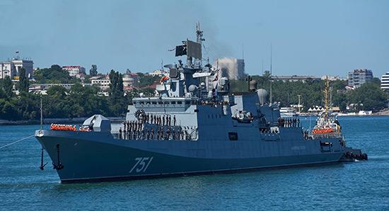 La frégate Amiral Essen met le cap sur la Méditerranée.