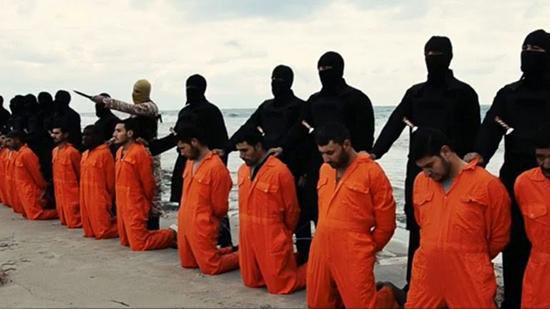Les corps des coptes égyptiens tués par «Daech» en 2015 en Libye rapatriés