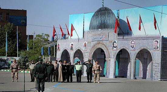 Cérémonie de remise des diplômes d'officiers de la Garde révolutionnaire iranienne (Photos)