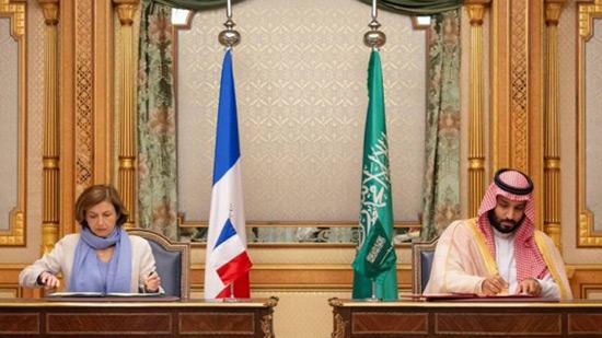Défense: Paris défie les ONG, signe un nouvel accord de coopération avec Ryad