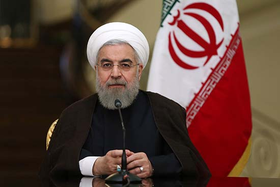Rohani juge «insensé» des négociations à l'ombre des sanctions américaines