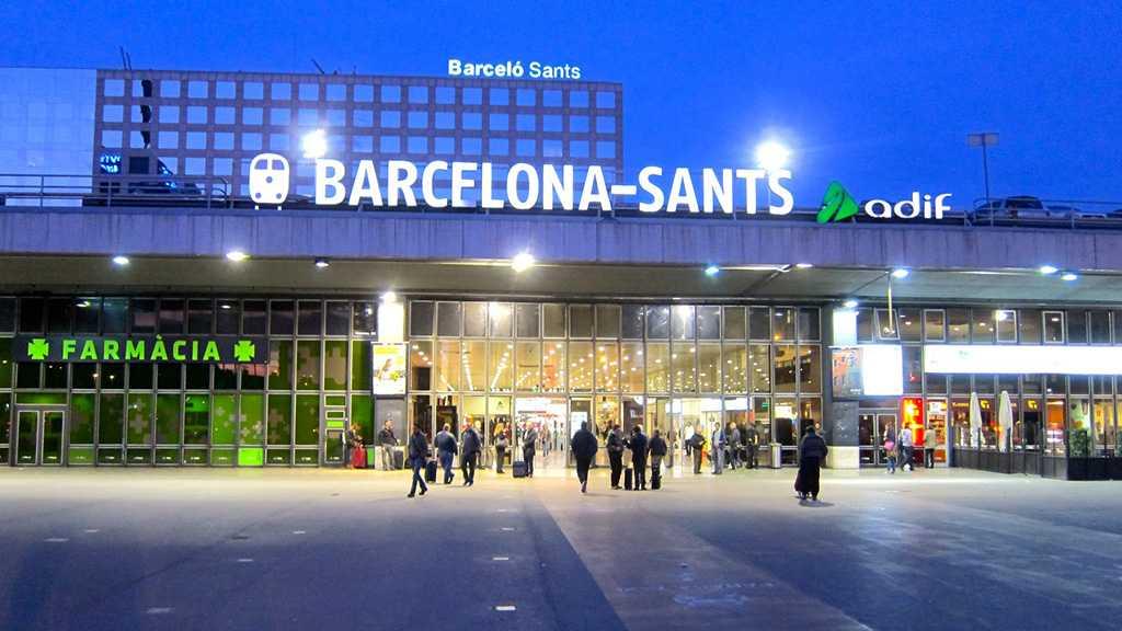 Alerte à la bombe dans une gare à Barcelone, deux trains évacués