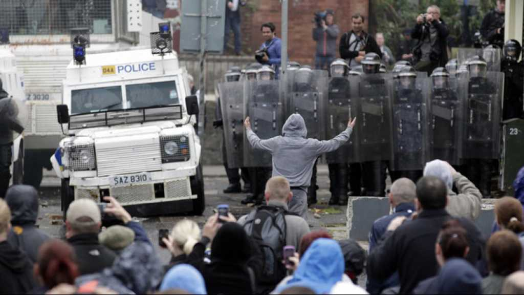 Brexit: 1 000 policiers prêts à être déployés en Irlande du Nord s'il n'y pas accord