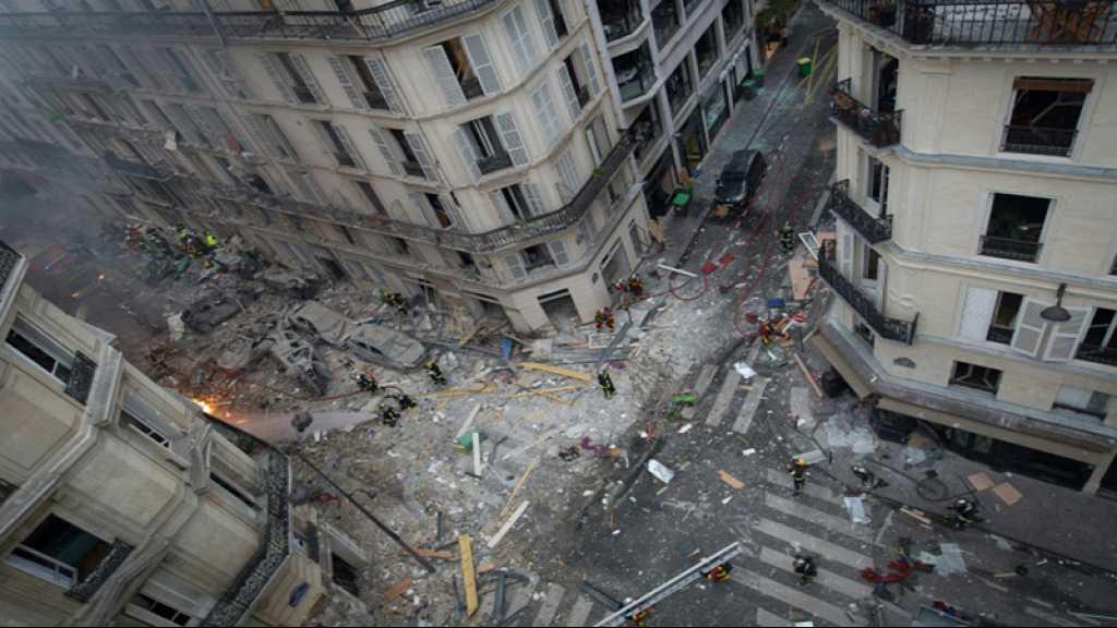 Explosion à Paris: une femme retrouvée sous les décombres, le bilan s'élève à 4 morts
