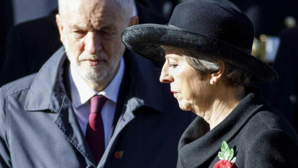 Brexit : Theresa May accusée de vouloir acheter le soutien de députés du Labour