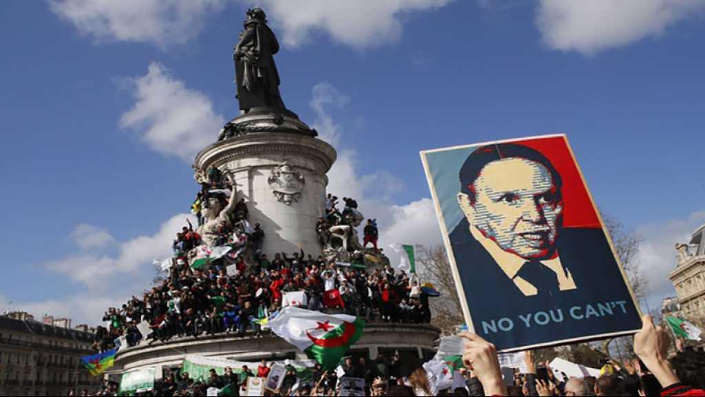 En France, des milliers d'Algériens toujours dans la rue «contre le système»