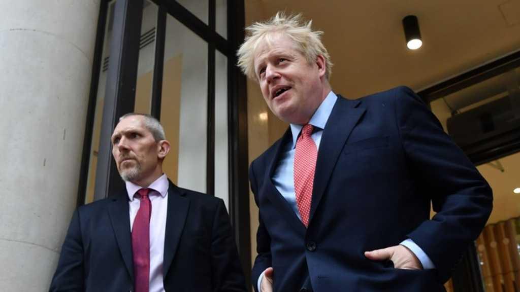 Londres: La police débarque au domicile de Boris Johnson pour une «querelle»