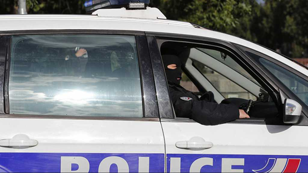 France: des ados victimes de contrôles abusifs attaquent en justice l'État