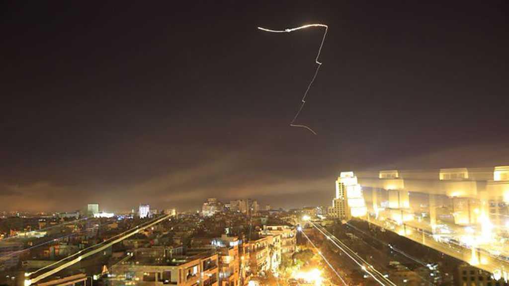 Syrie: Les systèmes de défense antiaériens interceptent une cible hostile au-dessus de Missyaf à Hama