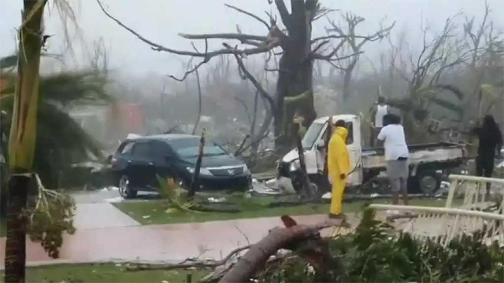 Dorian: au moins 5 morts aux Bahamas, les évacuations aux USA se poursuivent