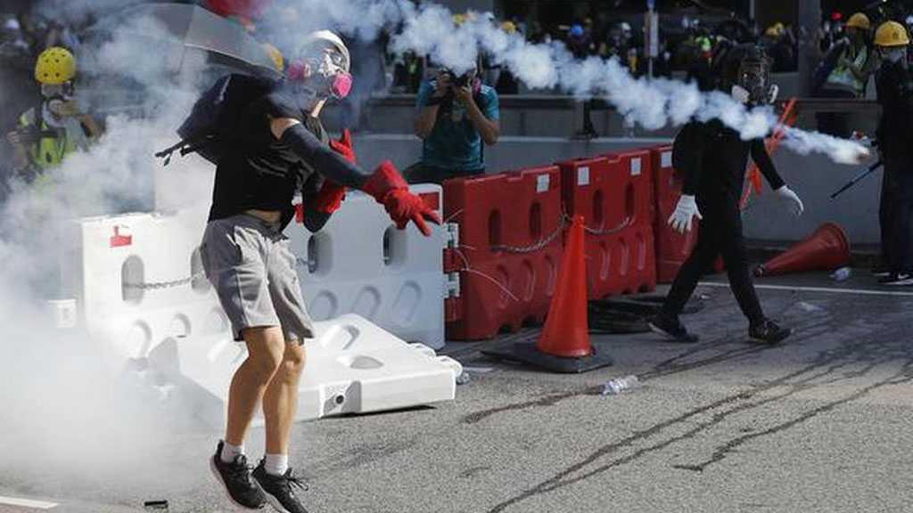 Hong Kong: Carrie Lam condamne les émeutiers, «la population est effrayée»