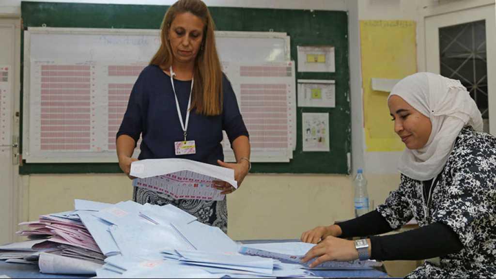 Tunisie/législatives: Ennahdha et le parti de Karoui revendiquent chacun la victoire
