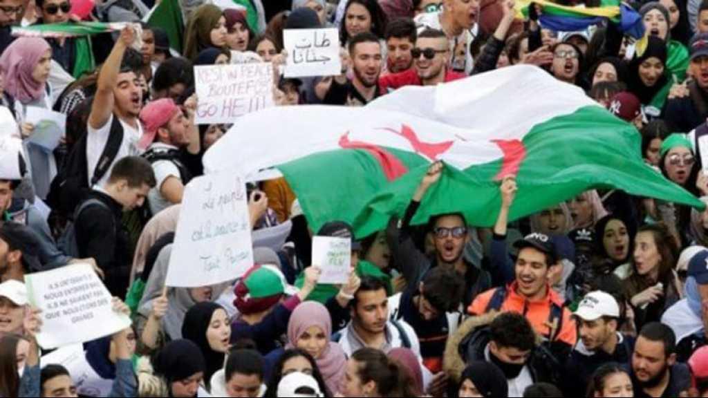 Algérie: les étudiants toujours dans la rue au début du 9e mois de manifestations