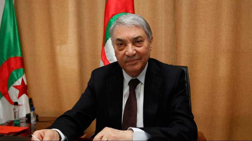 Présidentielle en Algérie: Benflis s'engage à satisfaire les demandes de «la révolution»