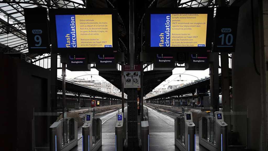 Retraites: les transports fortement perturbés, la grève possible «jusqu'à la fin de la semaine»