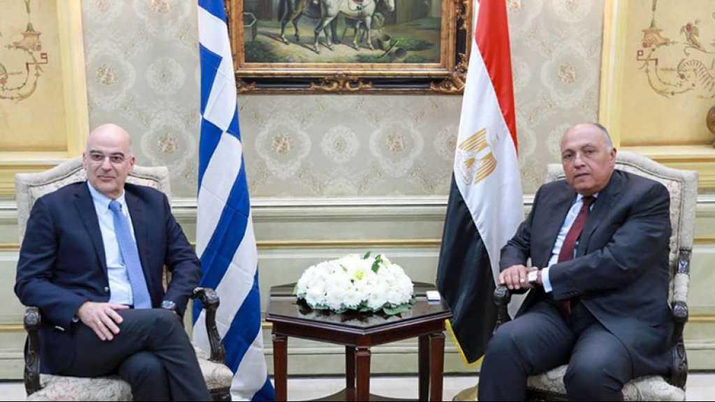 Le chef de la diplomatie grecque chez Haftar et au Caire, contre l'accord Tripoli-Ankara
