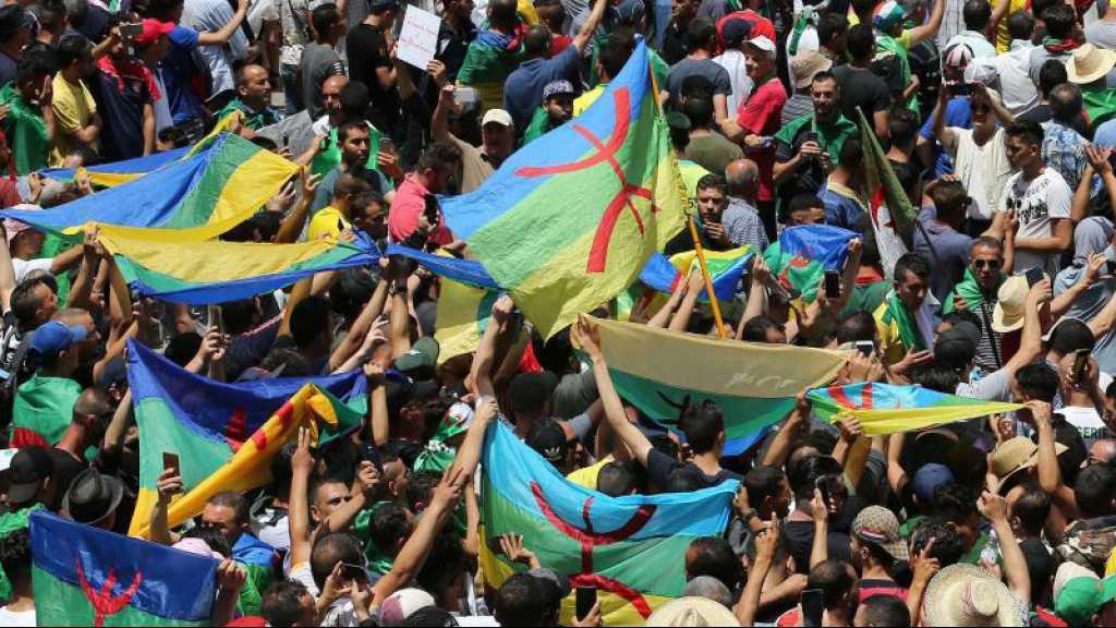 Algérie: des «détenus du Hirak» ayant purgé leur peine sortent de prison