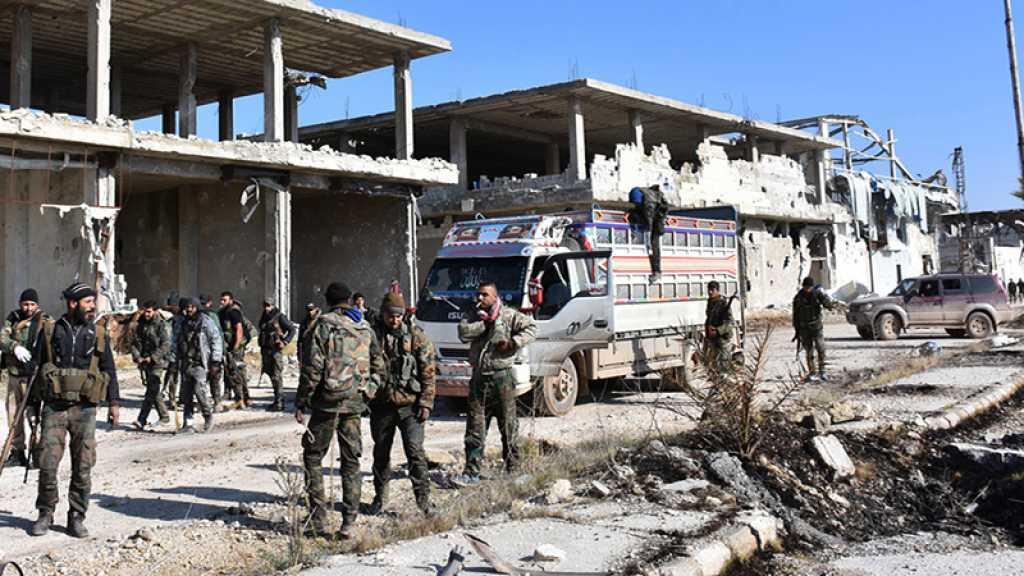 Source militaire: Les terroristes lancent une violente attaque contre la banlieue d'Idleb