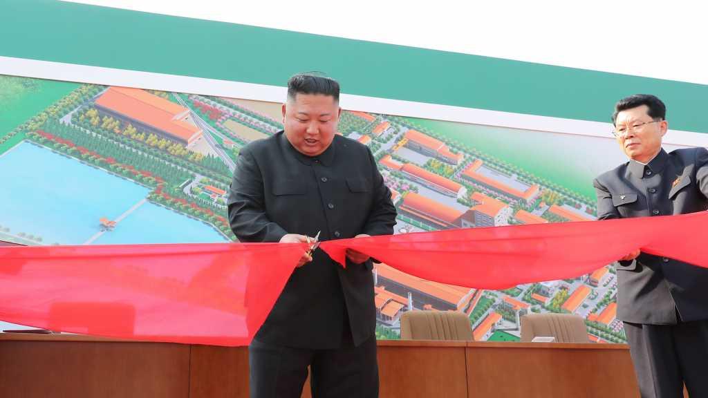 Corée du Nord: Kim Jong Un réapparaît en public après trois semaines