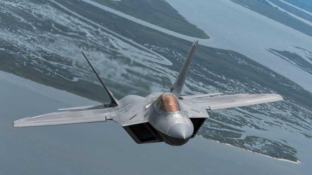USA: un avion de chasse F-22 s'écrase en Floride, pas de victime