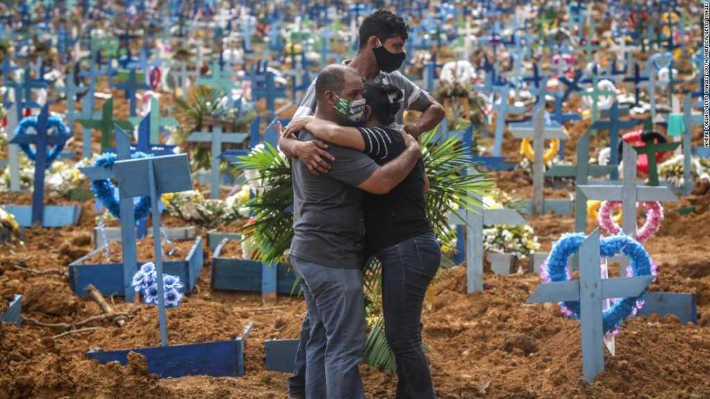 Coronavirus: Washington rompt avec l'OMS, le Brésil s'enfonce dans la crise sanitaire