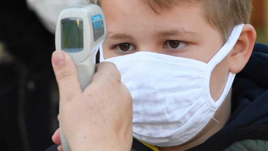 Covid-19: les enfants moins contagieux que les adultes, selon des médecins