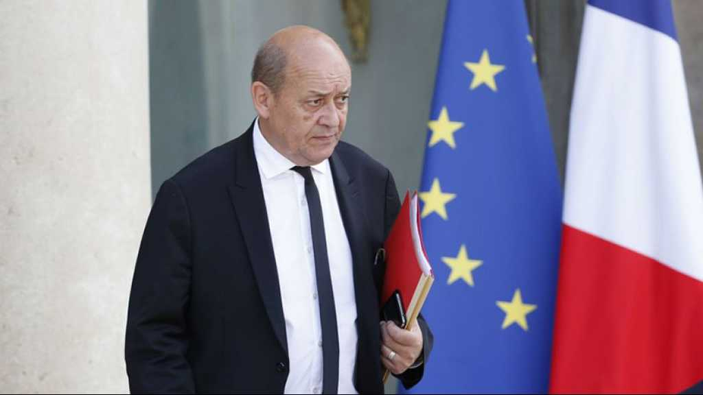 Libye: Paris parle à tout le monde et dément tout parti pris, selon Le Drian