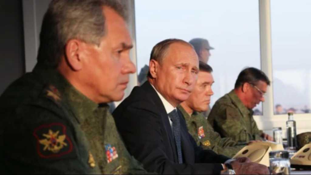 Poutine ordonne d'importantes manœuvres et inspections militaires