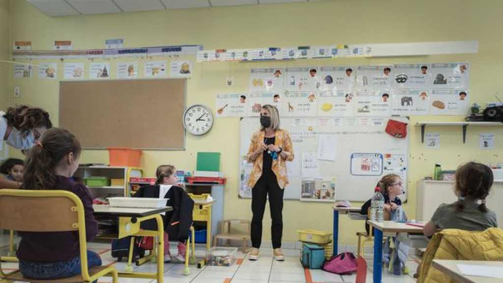 Coronavirus en France: nouveau protocole sanitaire à l'école, sans distanciation physique