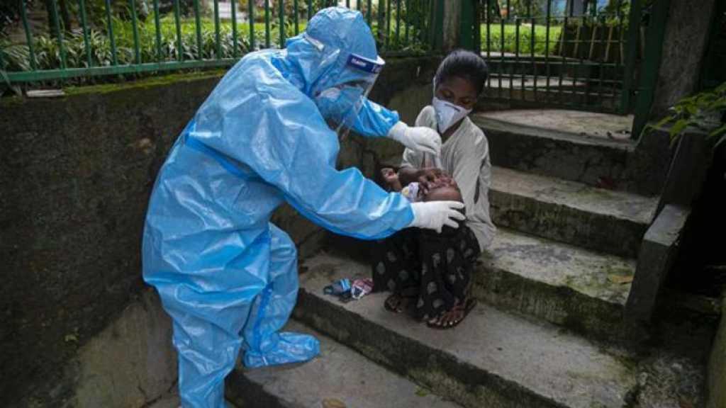 Coronavirus: près de 870000 morts, l'OMS ne voit pas de vaccination généralisée avant mi-2021