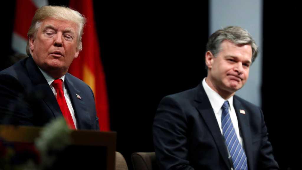 Mécontent du patron du FBI, Trump n'exclut pas de le remplacer