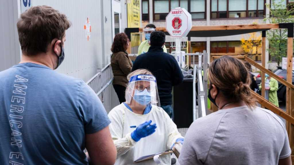 Coronavirus: inquiétudes de la France au Québec, la course au potentiel vaccin s'accélère