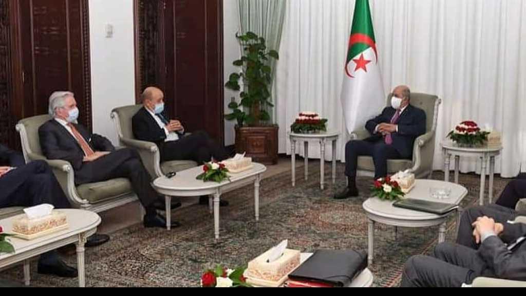 France-Algérie: mission délicate pour Le Drian à Alger