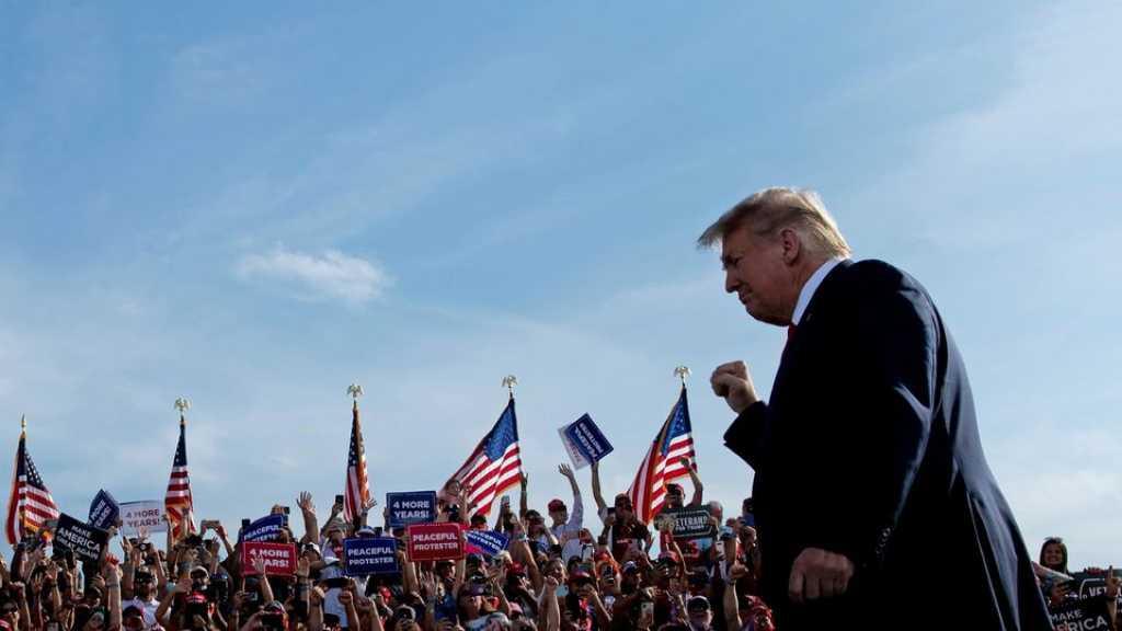 Etats-Unis: en campagne, Trump prédit «une vague» républicaine, malgré les sondages
