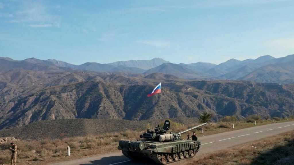 Les forces de la paix russes arrivent dans la capitale du Karabakh