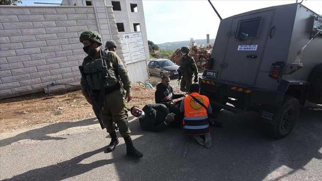 Ministère palestinien de la Santé: Trois Palestiniens grièvement blessés par des balles israéliennes