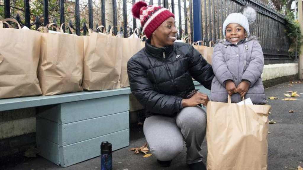 L'Unicef nourrit pour la première fois des enfants au Royaume-Uni, le gouvernement critiqué