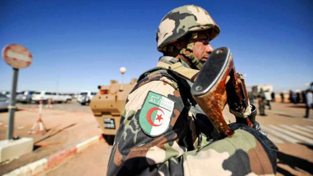 Algérie: deux terroristes et un militaire tués dans un nouvel accrochage