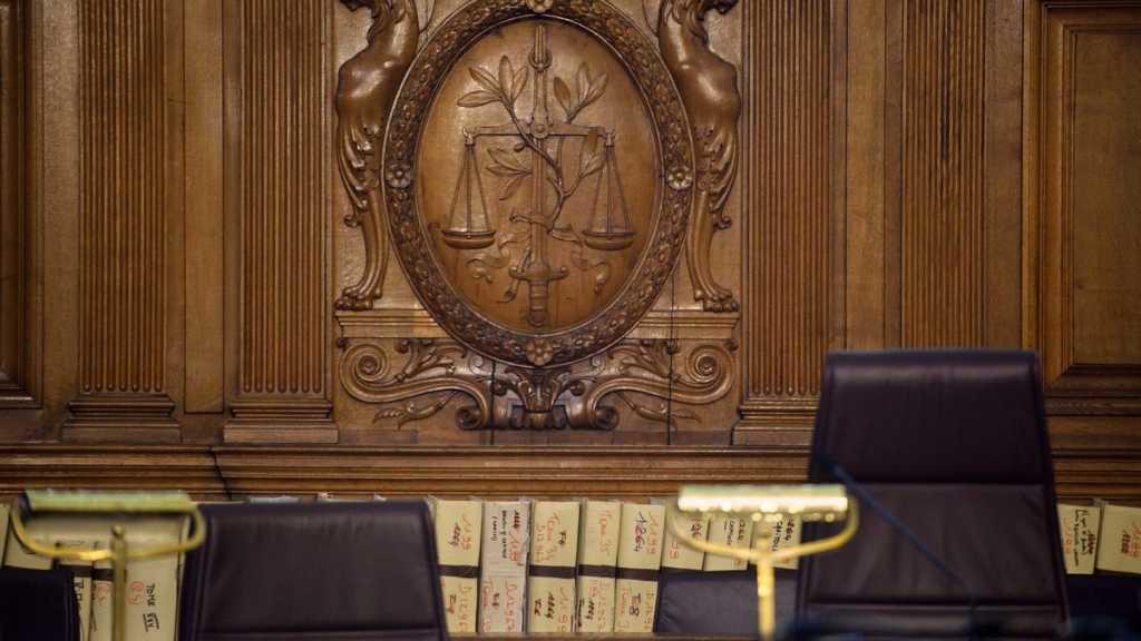 France: 20 à 30 ans de prison requis contre trois terroristes présumés