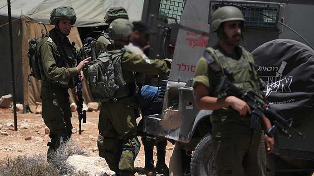 «Israël» arrête 20 Palestiniens, dont deux dirigeants du Hamas
