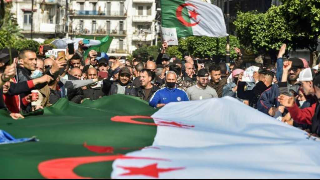 A Alger, les étudiants du Hirak réoccupent la rue