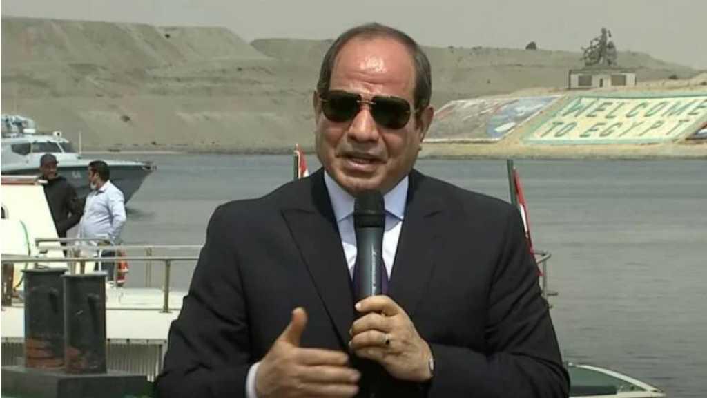 Canal de Suez: Sissi sur place après le retour du trafic maritime